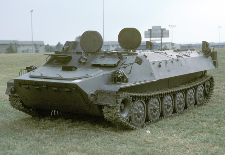 mt-lb-armored-personnel-carrier_2